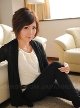 Asian Kaede Oshiro with short hair is a sexy